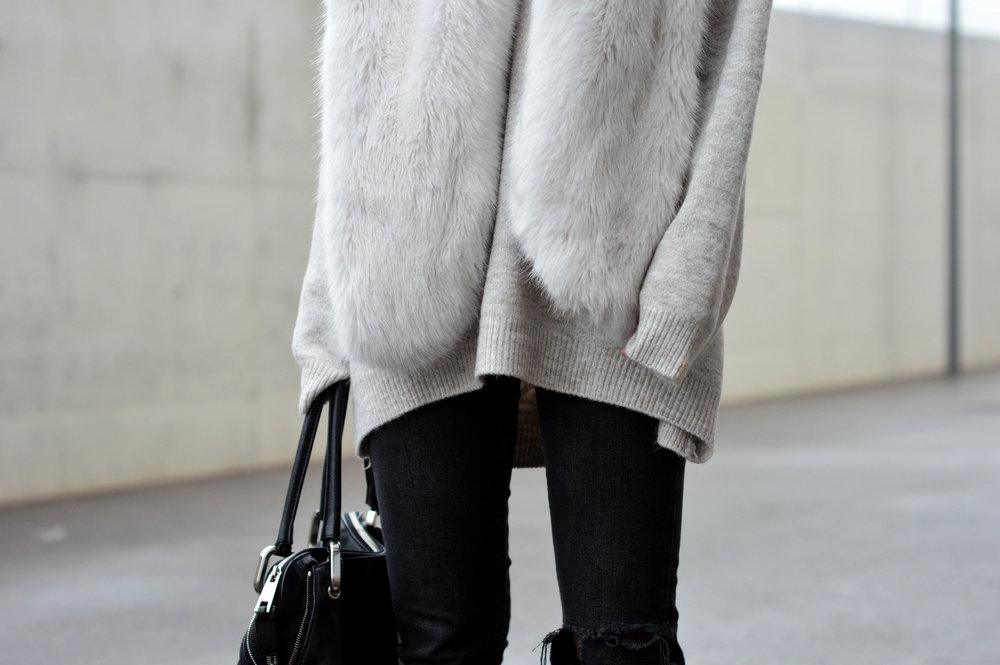 Fur Scarf- OSIARAH.COM (15 of 19).jpg