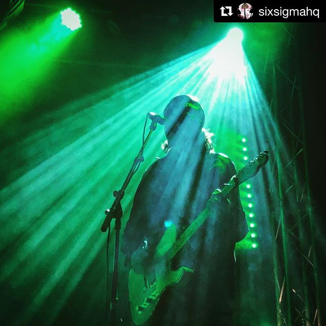 Incredible show last night from Dead Meadow!  #Repost @sixsigmahq with @get_repost ・・・ Shout out to @thedeadmeadow for rocking the show last night.  Damn!  #stonerrock #psychrock #heavyblues
