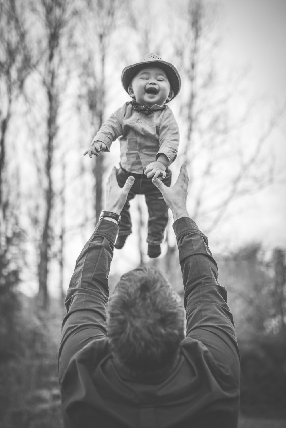 Father and son fun BW Family photography outdoor Stavanger Familie fotografering