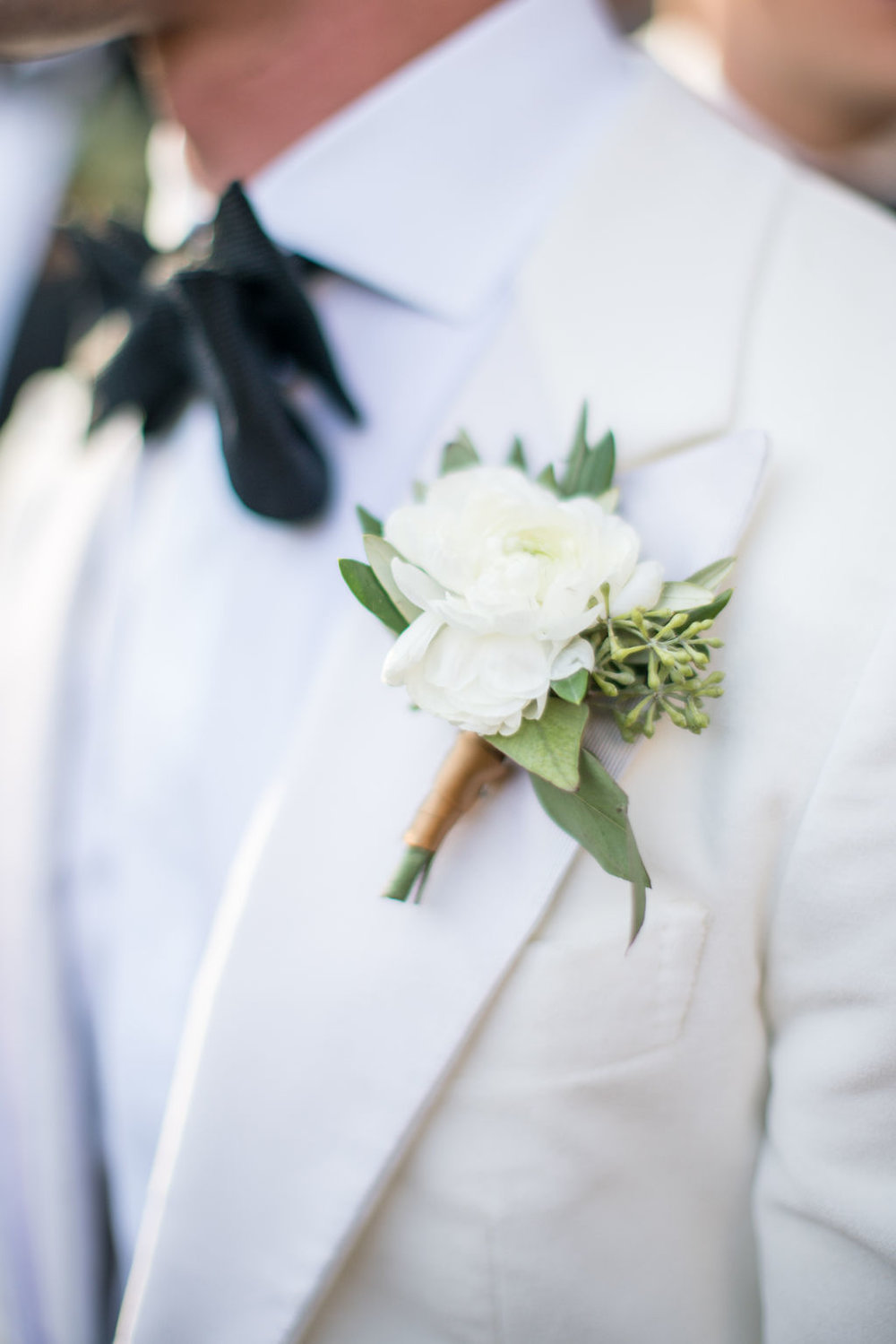 Wedding-GPS-Celin-wedding-boutonniere.jpg