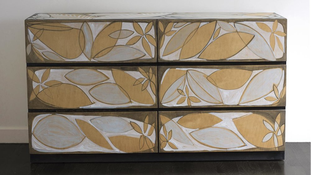 Layered leaf Dresser