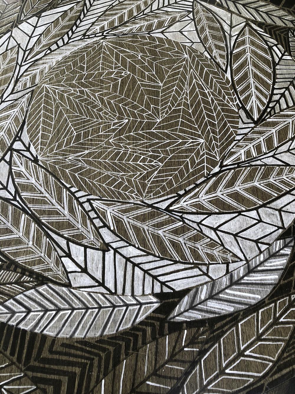 Leaf Line Gyre Table Detail