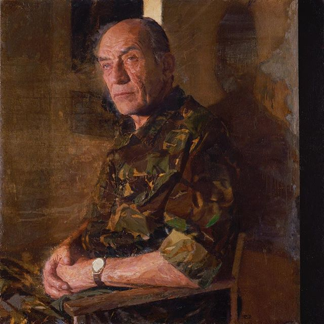 I popped into the National Portrait Gallery today-Glad to see my portrait of General Sir Mike Jackson is back up on display(room 5)among other #militaryportraits , I hadn't seen it for a while.#npg #portrait #generalsirmikejackson #oilpainting #oiloncanvas #thickpaint #textures #general #camouflage #drips #scrapes