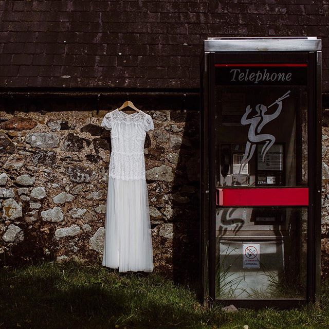 love something that just screams british, like a good old phone box! 📞☎️ . . . #cuddystonehall #northumberlandnationalparkwedding #collegevalley #adventureawaits #vintagewedding #northumberlandnationalpark #nicedayforablackwedding #weddingdetails #dress #weddinginspiration #northeastweddingphotographer #bethanywhittakerphotography #rocknrollbride #instawedding #weddingdress