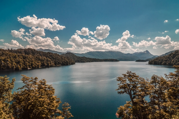 Lago Espejo Grande. Neuquen, Argentina. Photo by   Emilio Küffer  on flickr