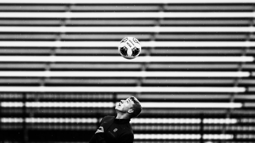 Syracuse University's  Liam Callahan  juggles the ball on his head during warmups in Syracuse's NCAA Sweet 16 matchup against the UNC Tar Heels at Murphy Field on the campus of Onondaga Community College on November 27, 2016. Syracuse lost 1-0 and ended the season at 12-4-4 overall.