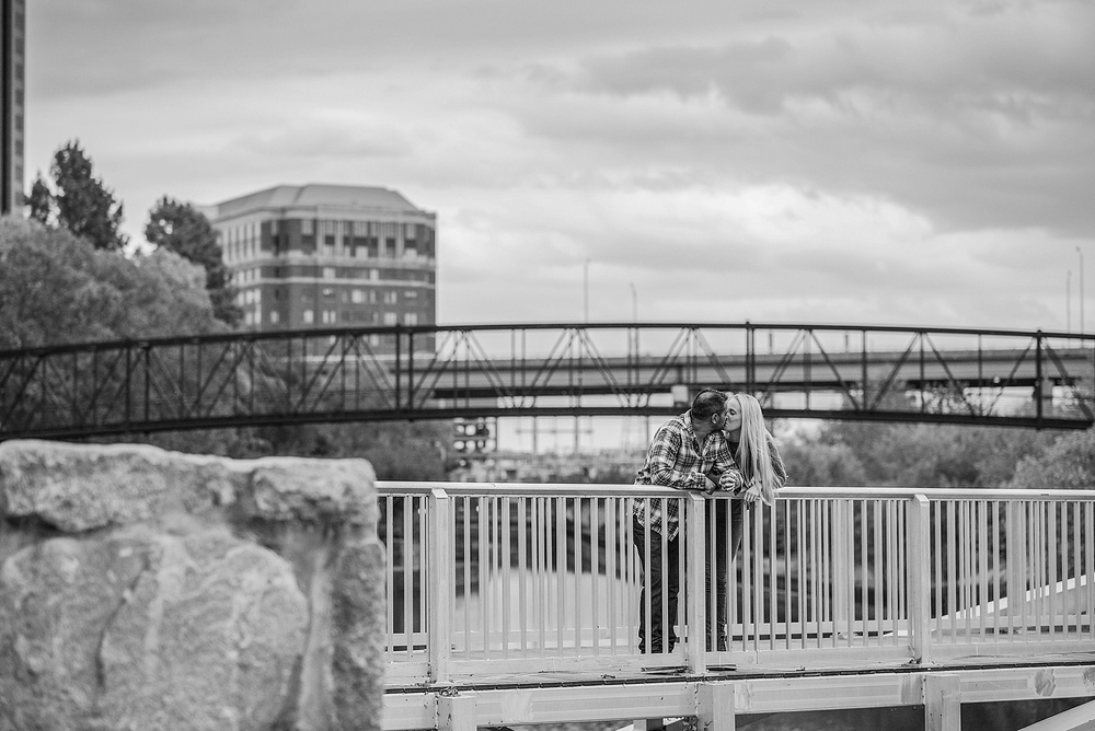 engagement-session-browns-island-tredegar-richmond-va-rva_0022.jpg