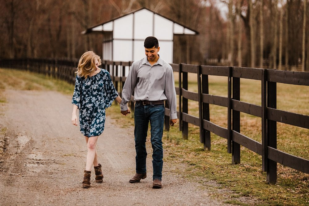 alturia-farms-engagement-session_0017.jpg