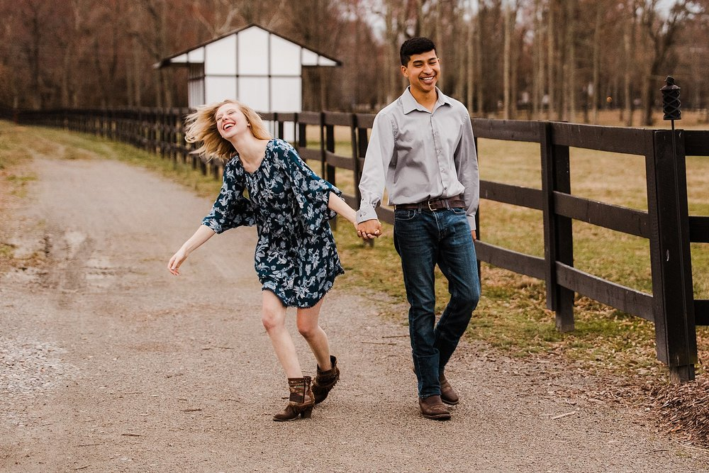 alturia-farms-engagement-session_0018.jpg