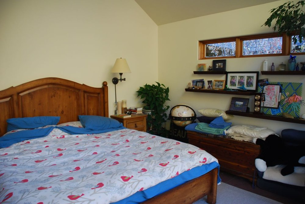 Bedroom E facing.jpg
