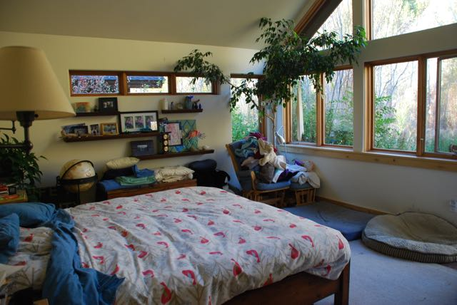Bedroom E facing.jpg