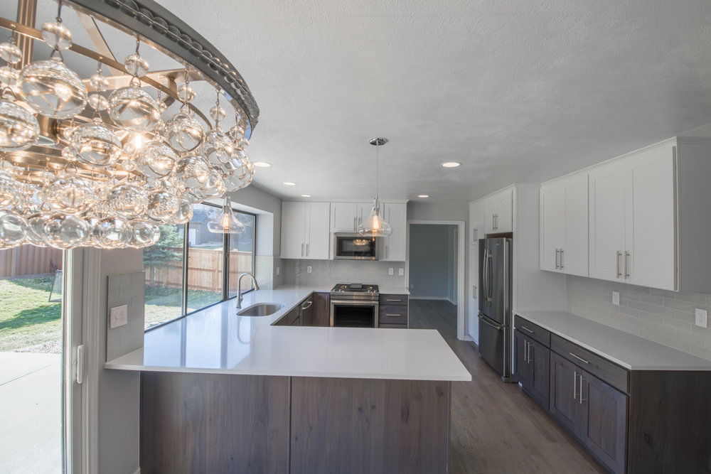 7896 S Fairfax - Kitchen-10.jpg