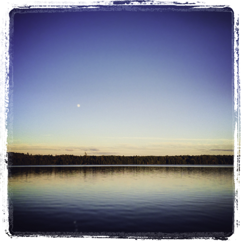 197 8472 Moonrise ADK 7.5.jpg