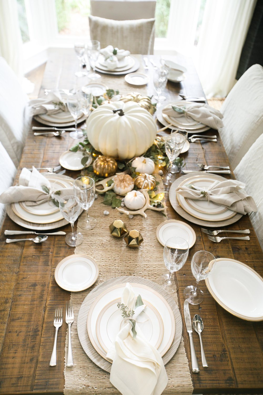 10 beautiful thanksgiving table decor ideas housewives - Thanksgiving table decorating ideas ...