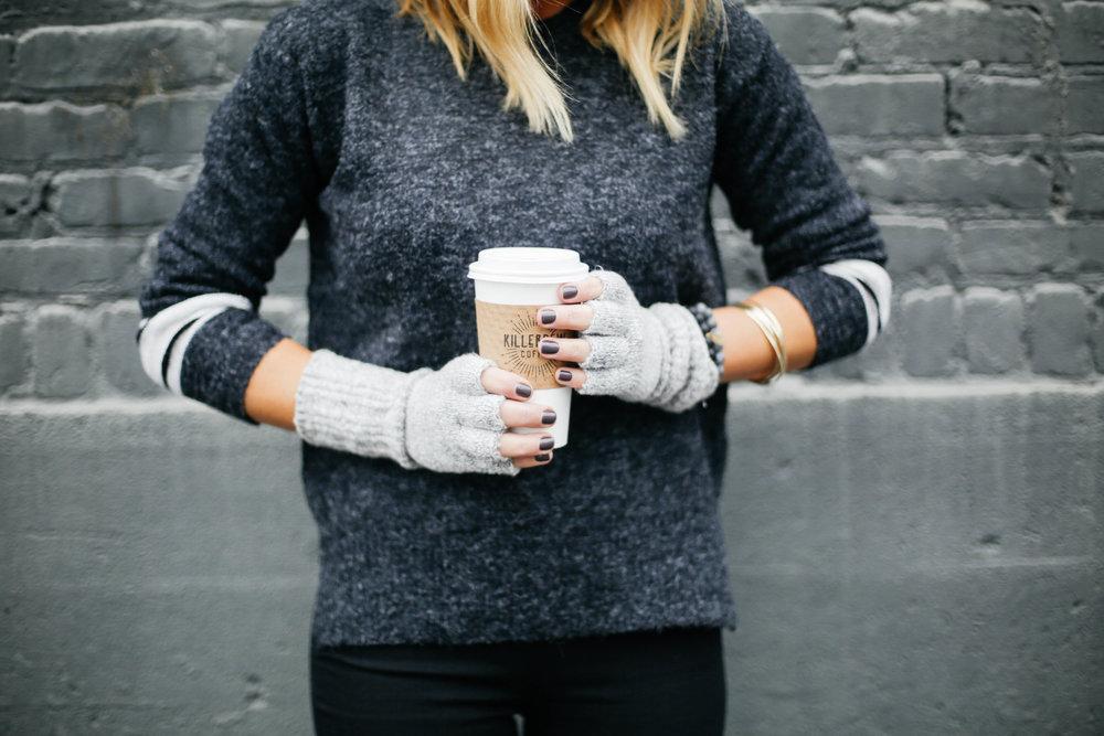 fingerless gloves.jpg