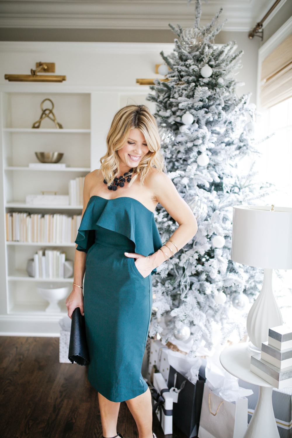 What to wear to a holiday office party, a chic and sophisticated dress for a holiday office party