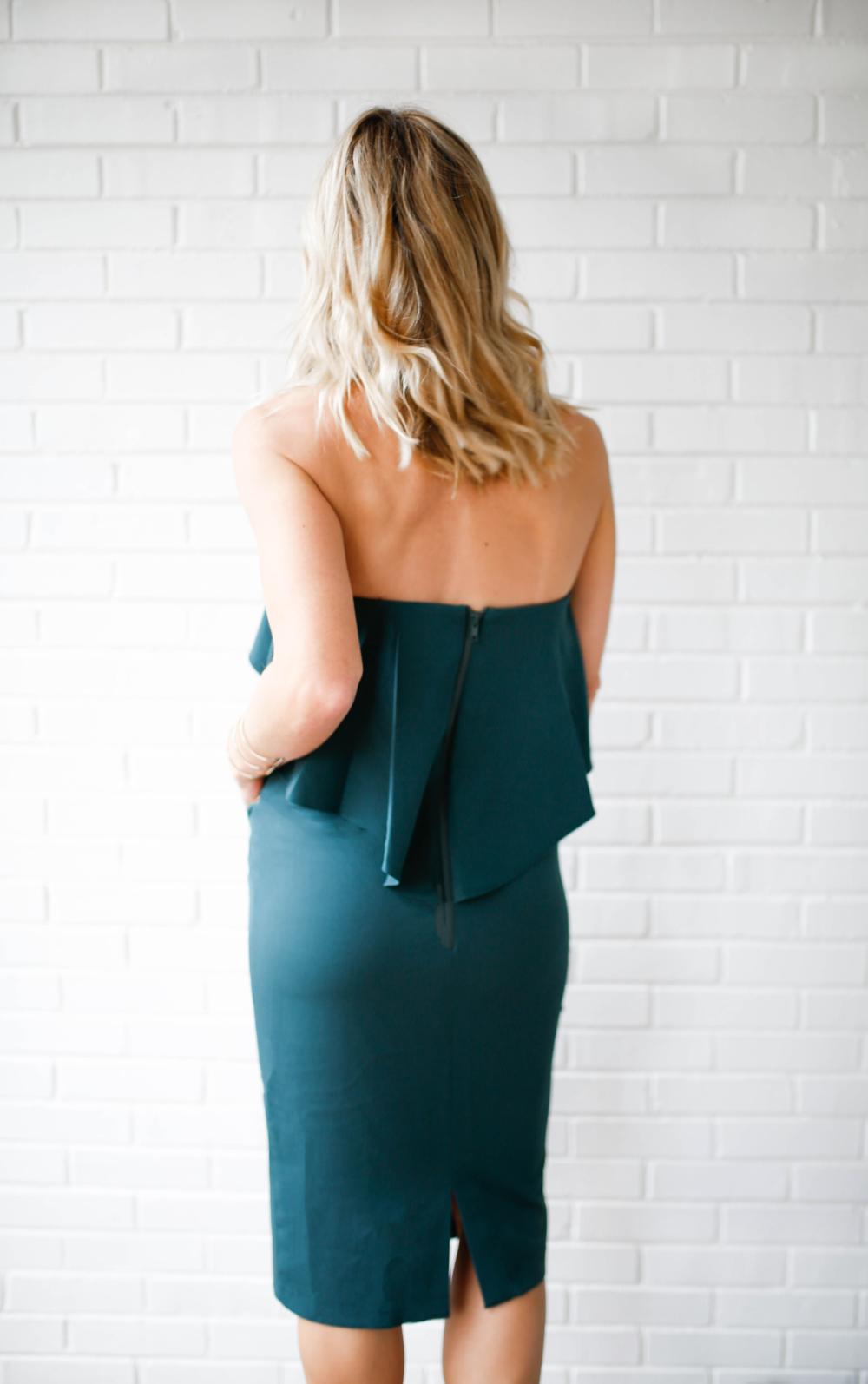 back of dress.png