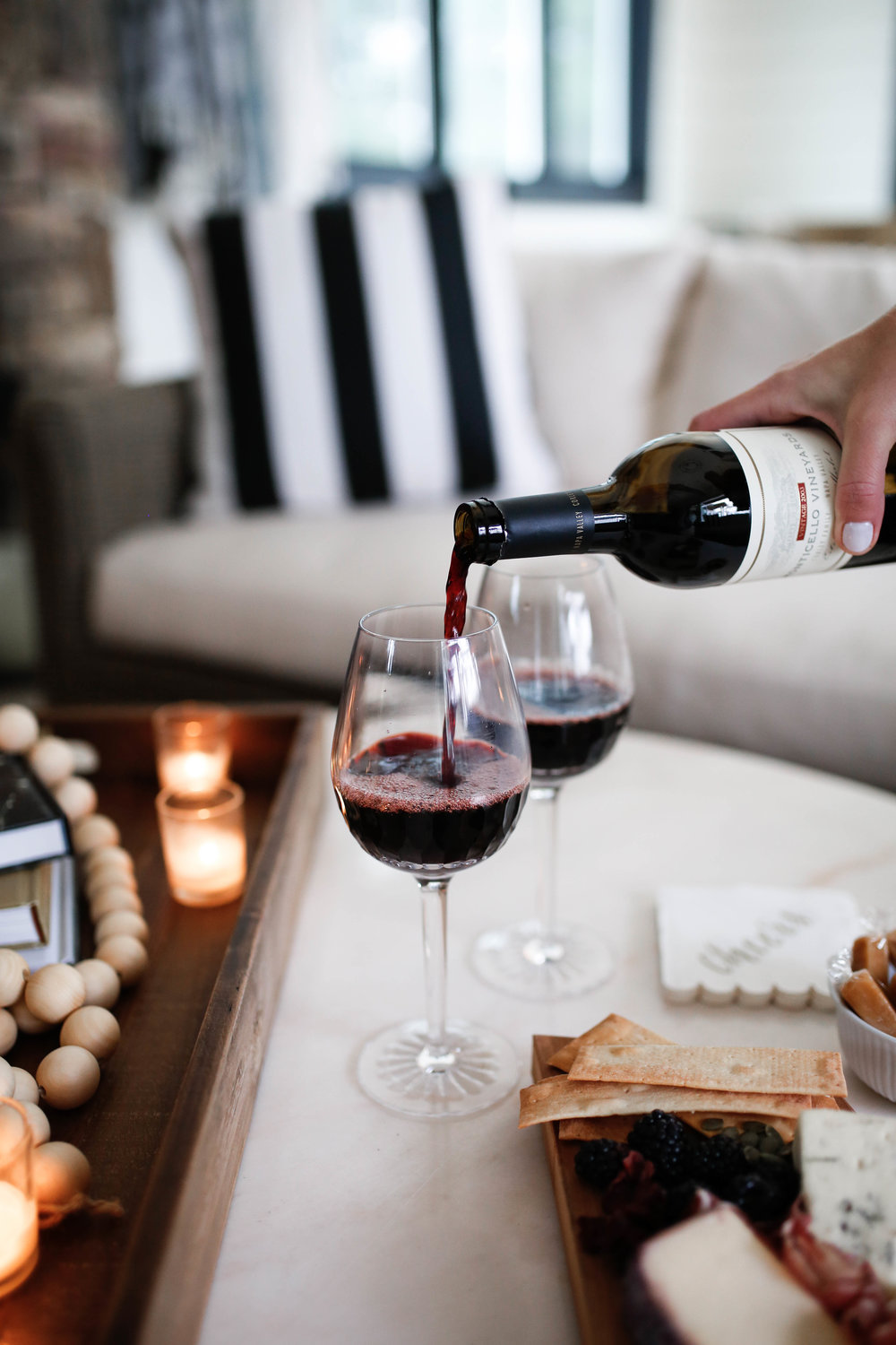 HOW TO CREATE THE PERFECT AT HOME DATE NIGHT