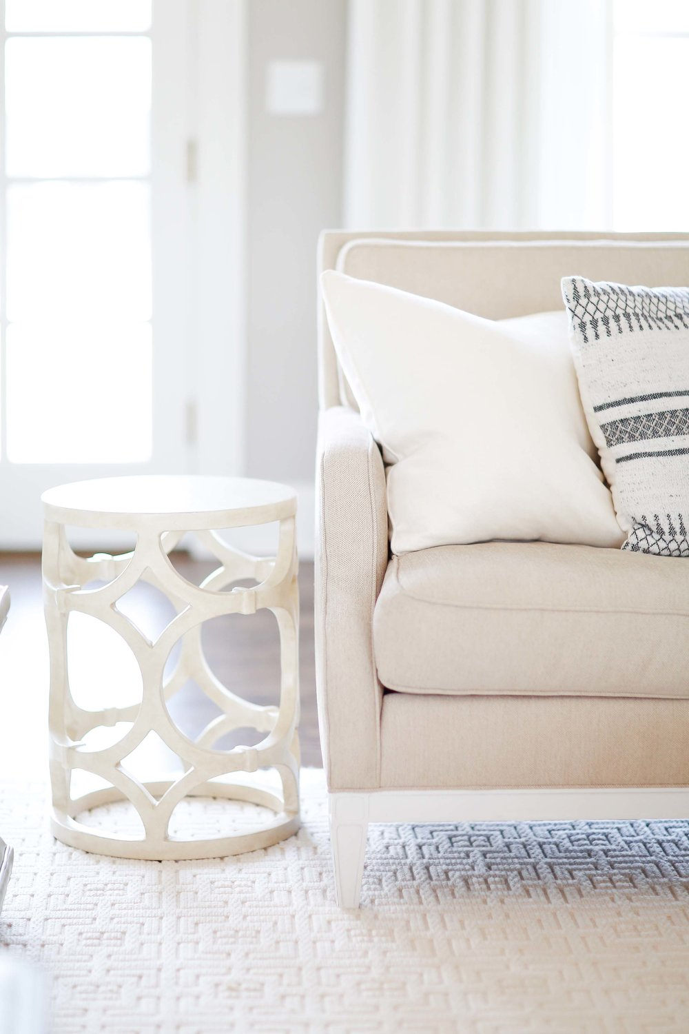 THE LIVING ROOM — Living With Landyn