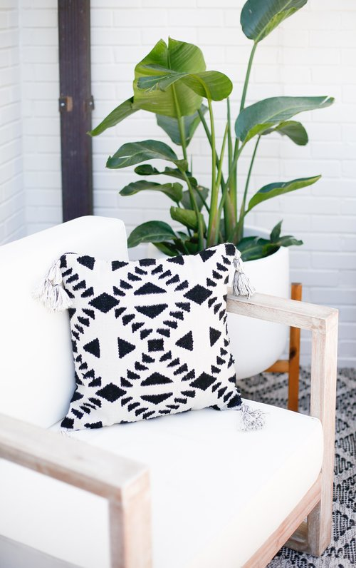 PATIO FIESTA WITH THE GIRLS — Living With Landyn