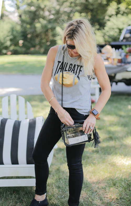... setting up for the tailgate party and not enough talk about what to wear...don t  worry a540a8236
