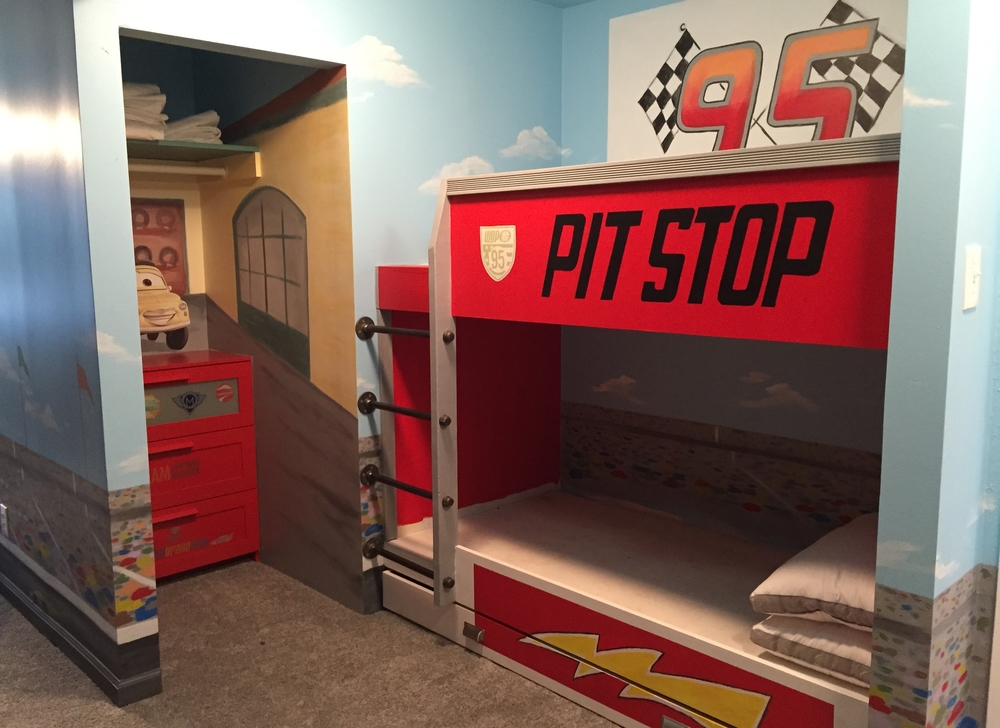 Speedway Mural with Custom Designed 3 Bed Bunk