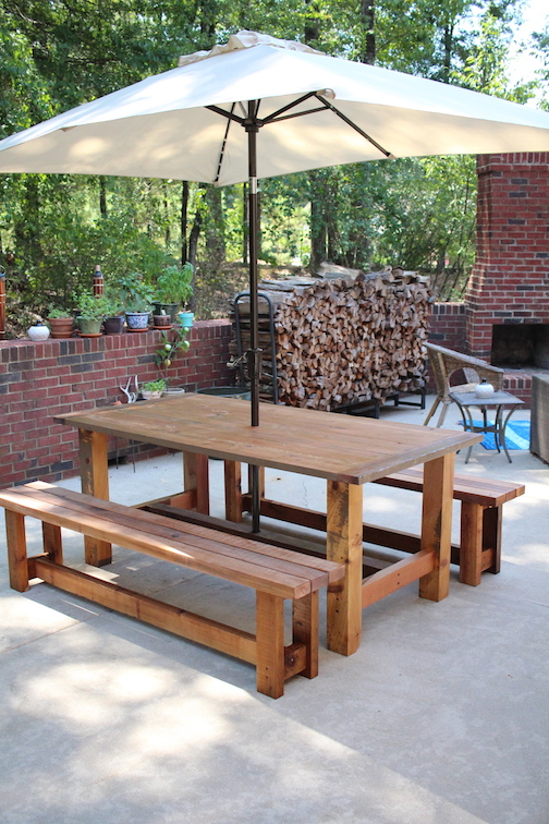 Outdoor Kitchen Picnic Table .JPG