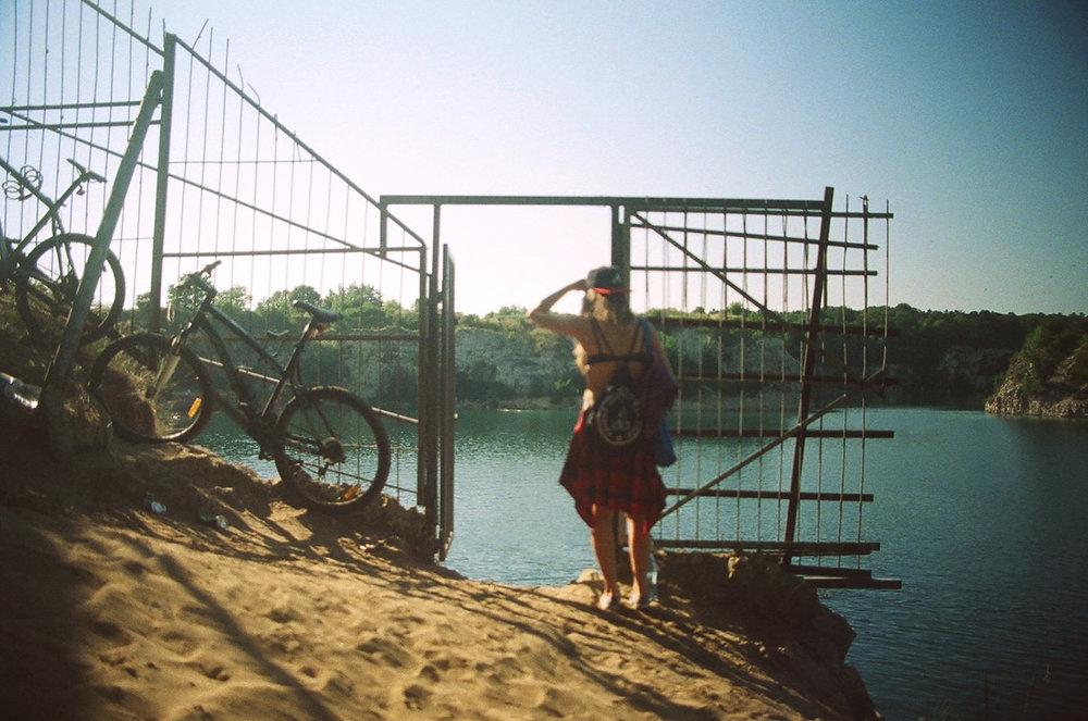 35mm-film-Poland-lifestyle-portrait-2.jpg