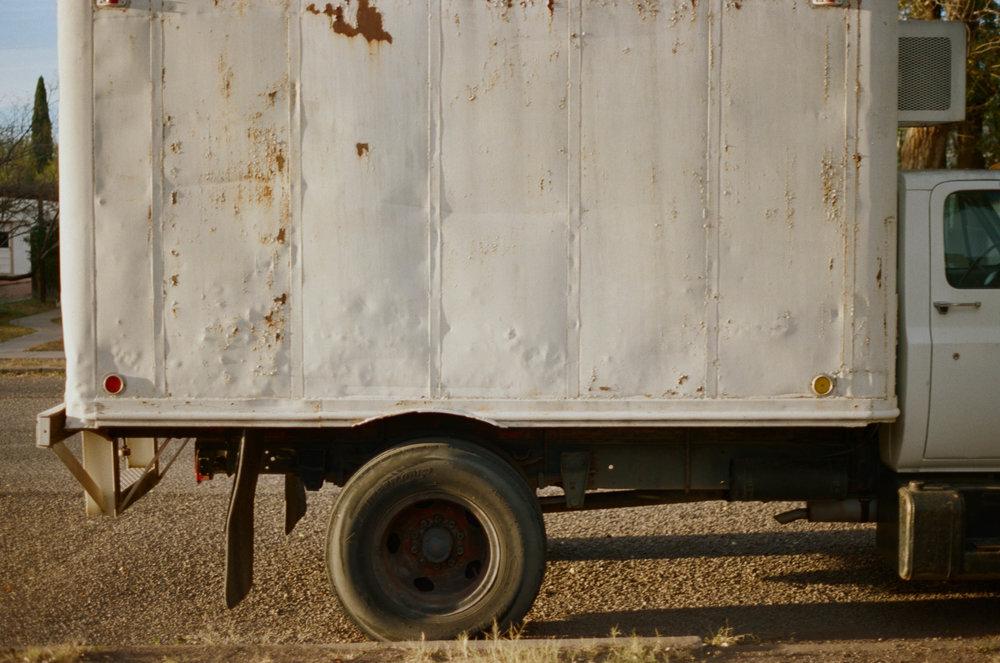 road-trip-marfa-texas-truck-rust-portra-160-1
