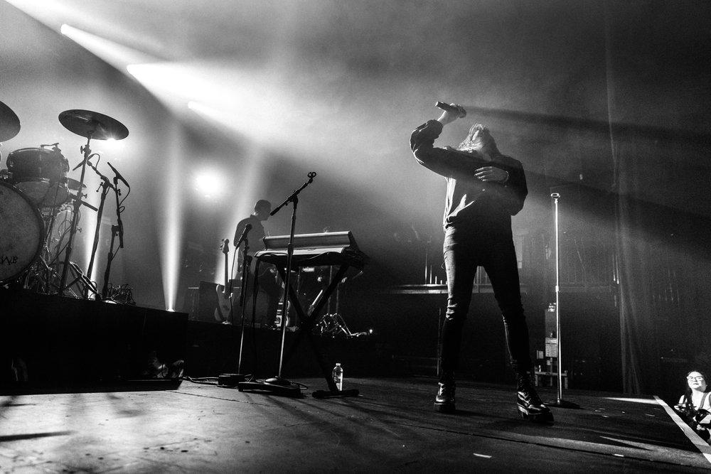 kirby-gladstein-photography-kflay-concert-fonda-theatre-los-angeles-2018-11
