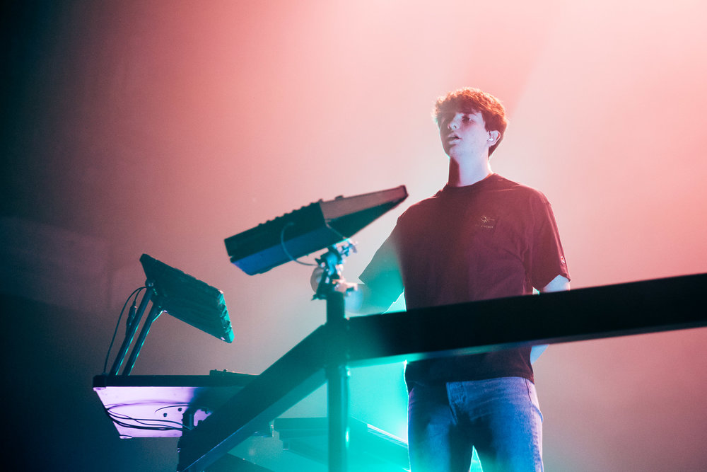 181110-kirby-gladstein-photography-petit-biscuit-concert-fonda-la-0664.jpg