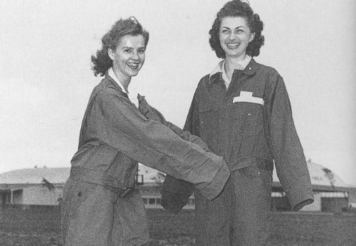 Nonnie Anderson and Micky Axton show off their baggy uniforms.