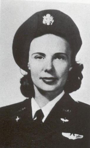 Isabelle Garrett McCrae, WASP 44-W-3. (Photo credit: Virginia Thomas Collection, International Women's Air & Space Museum)