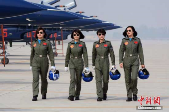 Yu Xu, Tao Jiali, Sheng Yifei and He Xiaoli (China). First female military pilots to join the Aerobatics Team of the People's Liberation Army of China.  (Photo credit:  Chinanews.com )