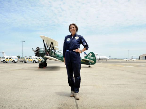 Tracey Curtis-Taylor (Great Britain). Former RAF pilot, first woman to fly solo (in open cockpit using basic instruments which are now period pieces) between England and Australia since British ATA pilot Amy Johnson in 1930.  (Photo credit:  independent.co.uk )
