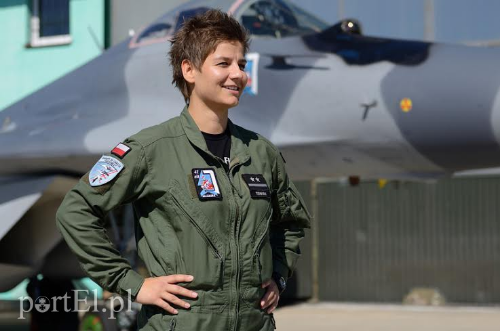 Lt. Katarzyna Tomiak (Poland). First female Polish Mig-29 Pilot. (Photo credit:  portel.pl )