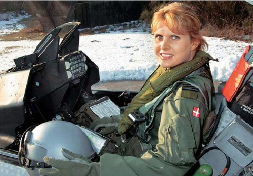 Line Bonde (Denmark). First Danish female F-16 pilot. (Photo credit:  F-16.net )
