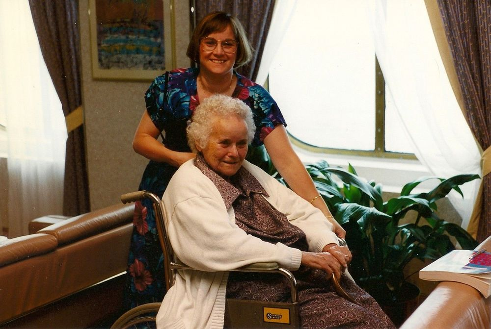 Elin M. Raimondi and her beloved mother. (Photo: Elin M. Raimondi)