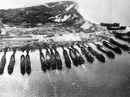 US Navy Fleet, Leyte, 1944. (Photo: WWII Archives)