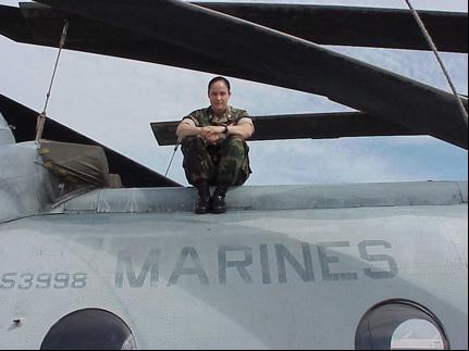 Marine officer and pilot Jen Nothelfer on her CH-46E (Photo: She's Got Grit/Jen Nothelfer)