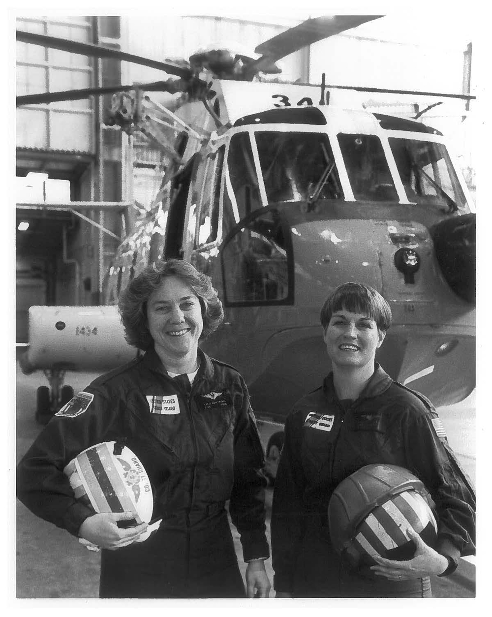 Days past: LTJG Patricia McFetridge and fellow aviator LT Guth.