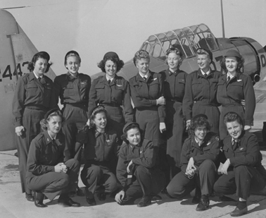 Roddy Rodriguez McLean (top row, middle) with classmates at their graduation from flight training, Avenger Field, Sweetwater, TX, August 1944. (Photo: USAF, No. 1330 N-1)