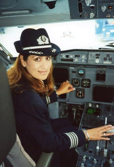 As Captain with American Airlines (Photo: Olga Custodio)