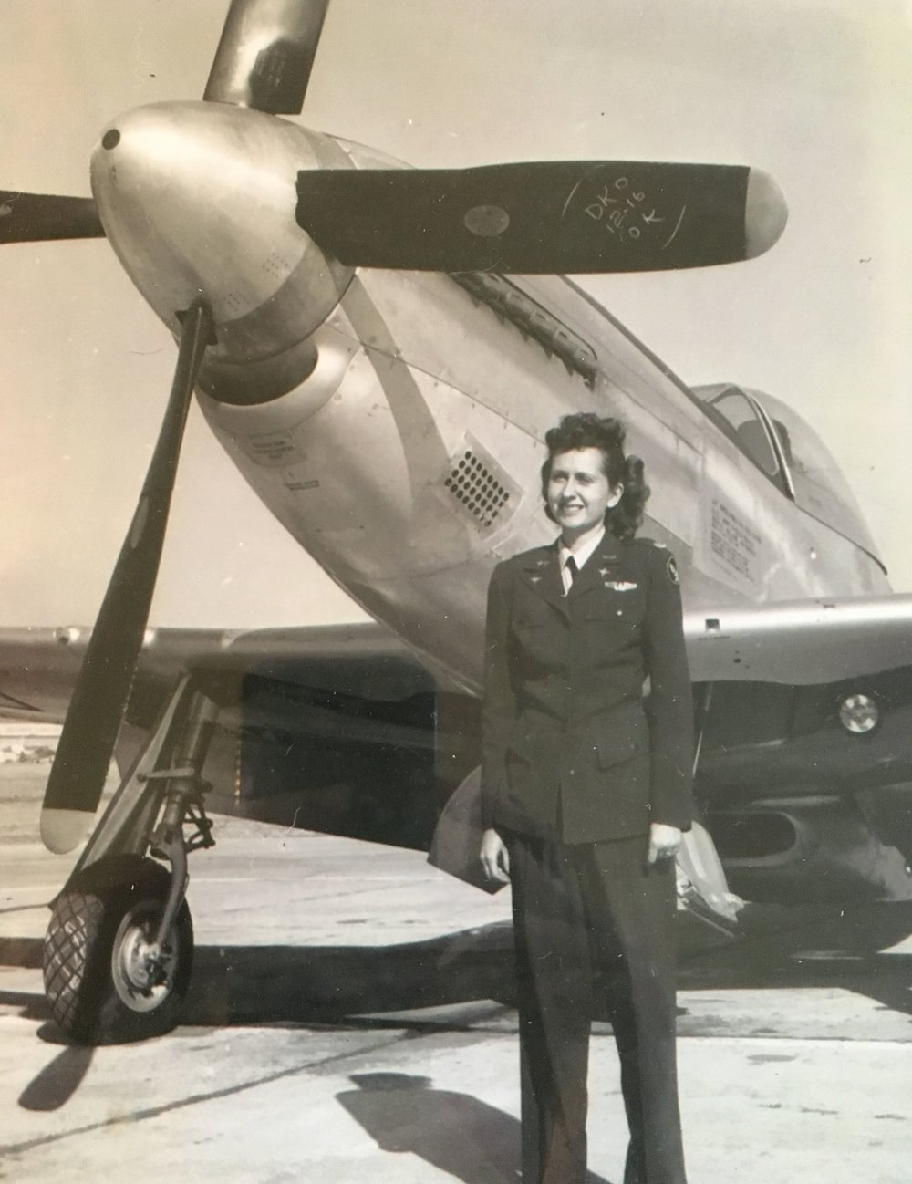 Rosa Lea and the P-51 Mustang.
