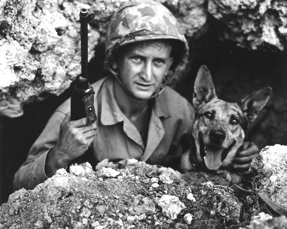 Private John Drugan, USMC and his war dog. Okinawa, May 1945 (Photo: WWII Archives)