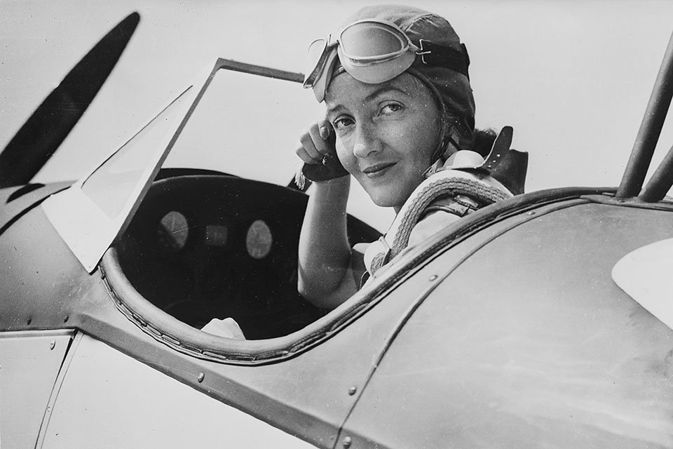 Nancy Harkness Love in the cockpit of an Army Fairchild PT-19A. (Photo: historynet.com)