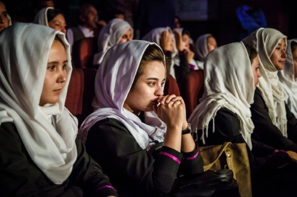 Young women in Kabul, Afghanistan listening to Shaesta's speech (Photo: UNDP Afghanistan)