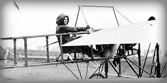 Harriet Quimby, first licensed female pilot in America. (Image: Library of Congress)