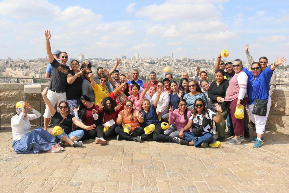 Uno de los muchos grupos que han visitado Israel con Uncommon Spiritual Retreats
