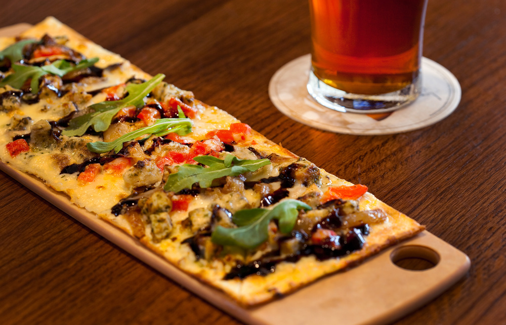 Holiday Inn Atlanta Airport South_Burger Theory Flatbread.jpg